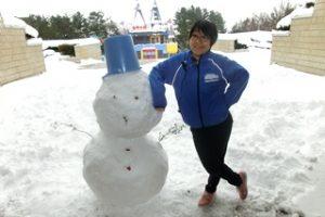 雪だるまとスタッフ